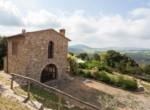 huis in borgo met zwembad te koop Toscane Italie