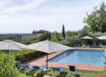 537-farmhouse-complex-with-pool-and-Chianti- vineyard-26