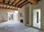 623-vendesi-casale-in-pietra-ristrutturato-Prato-Toscana-16