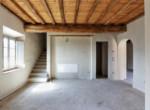 623-vendesi-casale-in-pietra-ristrutturato-Prato-Toscana-18