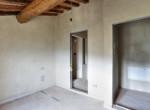 623-vendesi-casale-in-pietra-ristrutturato-Prato-Toscana-22