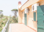villa met tuin in de heuvels van Cefalu Sicilia 16