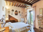 632-for-sale-apartment-with-pool-Tuscany-15