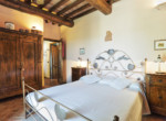 632-for-sale-apartment-with-pool-Tuscany-16
