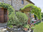 632-for-sale-apartment-with-pool-Tuscany-9