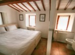slaap en badkamer appartement 1