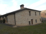 gerenoveerd huis te koop in Piobbico Le Marche 5