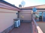 Passignano sul Trasimeno Penthouse met zwembad te koop 19