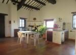 Umbrie te koop - stenen huis met uitzicht op trasimeno meer 14