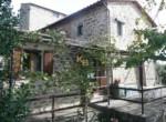 Umbrie te koop - stenen huis met uitzicht op trasimeno meer 4