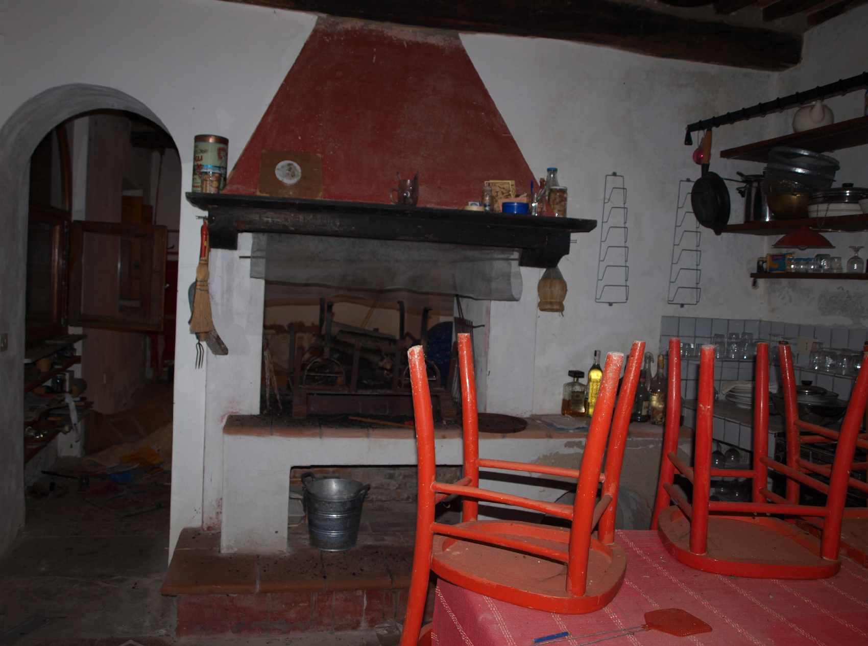 Het huis van de artiesten te koop in Pescaglia Toscane 7