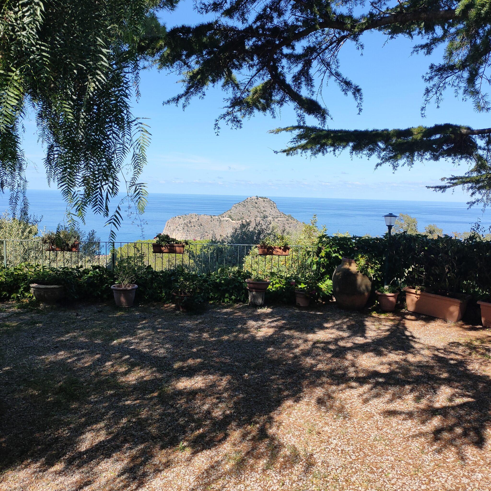 appartement in villa met zeezicht cefalu sicilie te koop 1