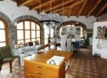 landhuis met zwembad te koop in cortemilia piemonte 9