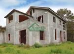 Ruwbouw huis te koop in Andora Liguria 1