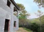 Ruwbouw huis te koop in Andora Liguria 18