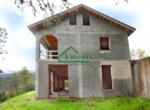 Ruwbouw huis te koop in Andora Liguria 21