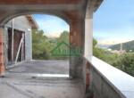 Ruwbouw huis te koop in Andora Liguria 5