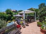 gelijkvloers appartement met tuin in Santa Marinella Lazio 2