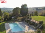 landhuis met zwembad todi umbria te koop 4