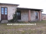 Gualdo Cattaneo - huis te koop in Umbrie Italie 2