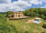 Montecatini Val di Cecina villa met zwembad te koop 1