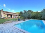 huis met zwembad in Guardea te koop - Italie 10