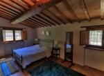 huis met zwembad in Guardea te koop - Italie 17