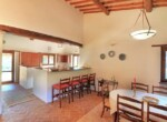 huis met zwembad in Guardea te koop - Italie 4