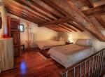huis met zwembad in Guardea te koop - Italie 7