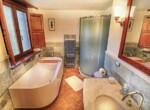 huis met zwembad in Guardea te koop - Italie 9