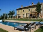 Luxe villa in Le Marche te koop - met zwembad - Fossombrone 1