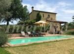 Villa met zwembad bij Mondavio Le Marche te koop 1
