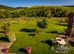 Volterra stenen landhuis te koop in Toscane 19