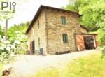 Vrijstaand stenen huis in Dego Liguria te koop 3