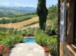 natuurstenen landhuis met zwembad in Le Marche te koop 10
