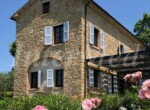 natuurstenen landhuis met zwembad in Le Marche te koop 4