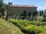 natuurstenen landhuis met zwembad in Le Marche te koop 6