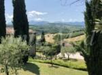 natuurstenen landhuis met zwembad in Le Marche te koop 8