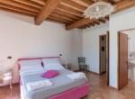 Toscane stenen landhuis met zwembad te koop bij Volterra 15