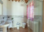 Toscane stenen landhuis met zwembad te koop bij Volterra 18