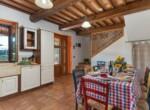 Toscane stenen landhuis met zwembad te koop bij Volterra 8