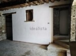 Ruime vrijstaande rustieke woning in Pesaro Le Marche te koop 18
