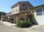 Ruime vrijstaande rustieke woning in Pesaro Le Marche te koop 2