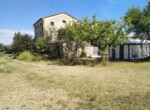 Ruime vrijstaande rustieke woning in Pesaro Le Marche te koop 27
